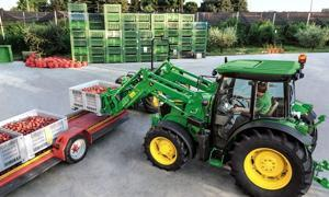 John Deere 5G   - 630 mm de garde au sol en version GH