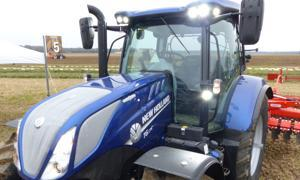 New Holland T6   - Versions Deluxe ou SideWinder II