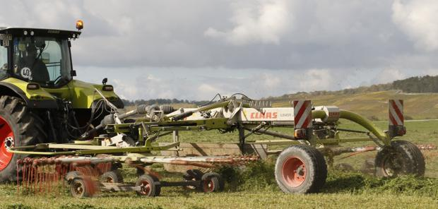 Test comparatif  - Claas Liner 2800 et 2900, une conception originale