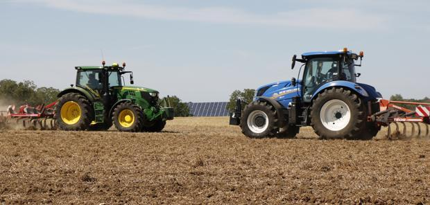 Essai - New Holland T6.180 Dynamic Command face au John Deere 6145R Direct Drive