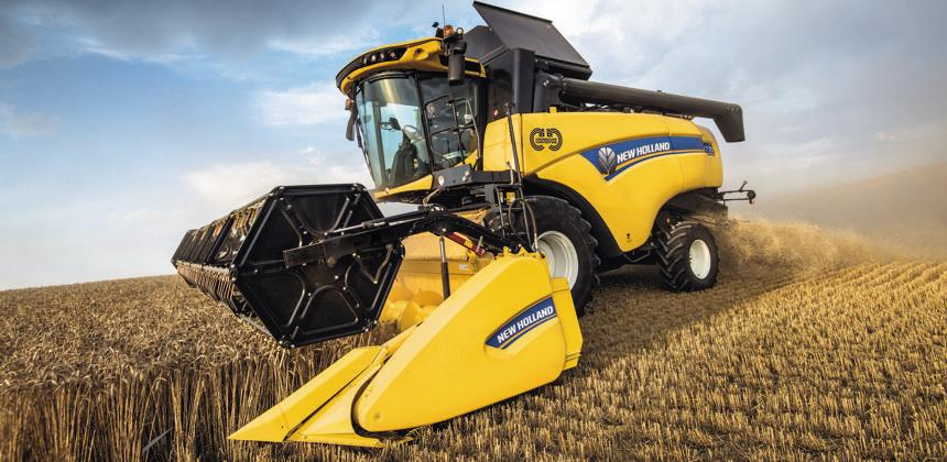 New Holland - Une moissonneuse-batteuse hybride de CR et CX